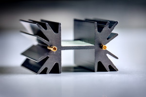 Heatsink Fischer met gat en interface